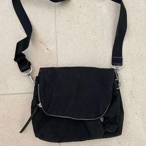lulu lemon cross body bag